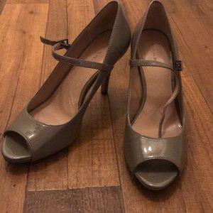Open toe tahari  heels